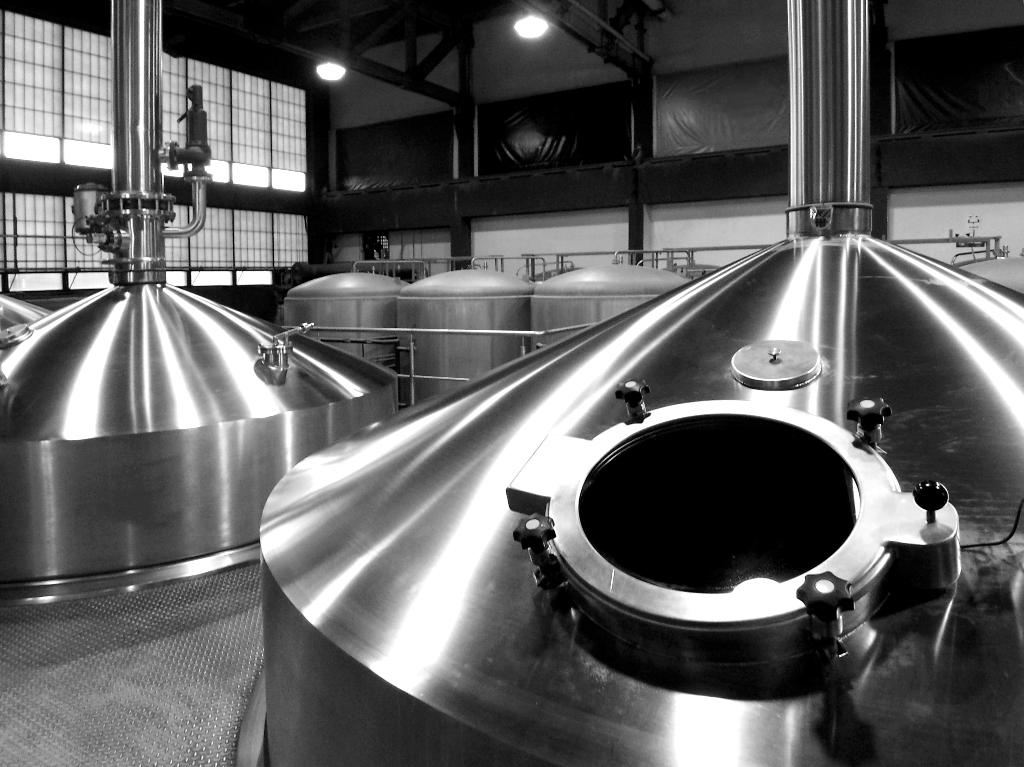 Carlsberg обяви, че затваря 2 пивоварни в Русия